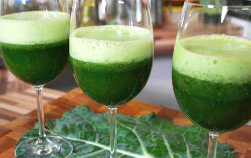 Use o suco verde para turbinar o seu corpo