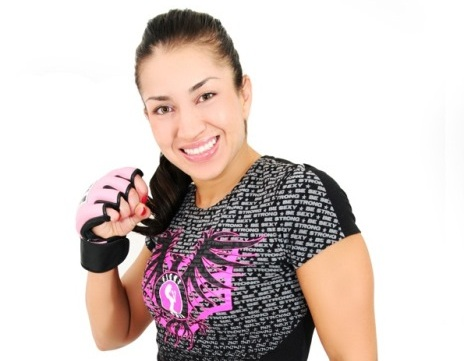 Esposa de Gurgel assina com o Invicta FC e luta em abril