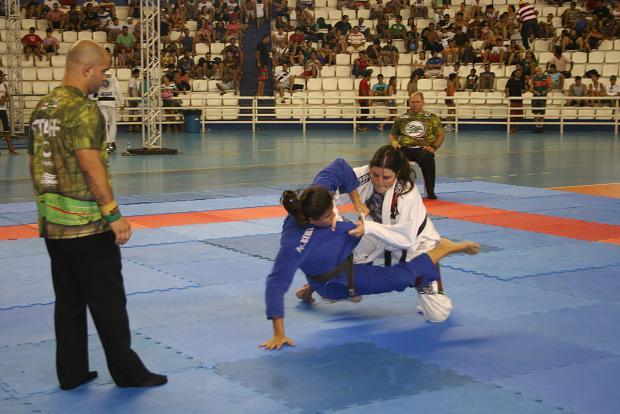 Veja como a vereadora Fernanda Mazelli cumpriu o prometido e venceu em Manaus