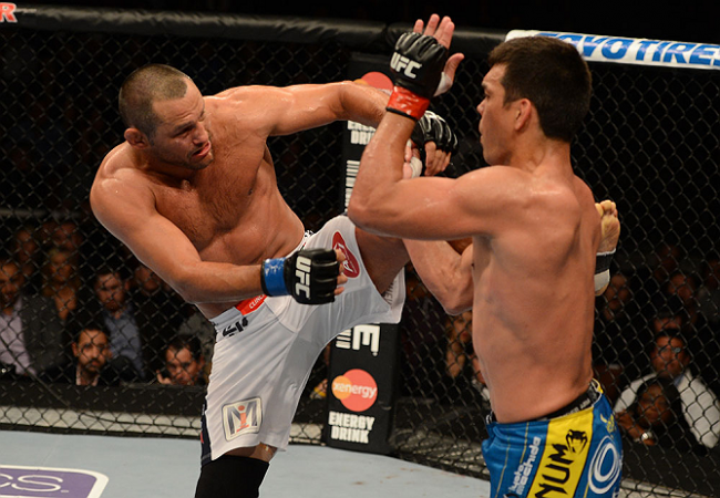Dan Henderson teria enfrentado Lyoto machucado. Foto: Donald Miralle/Zuffa LCC via Getty Images