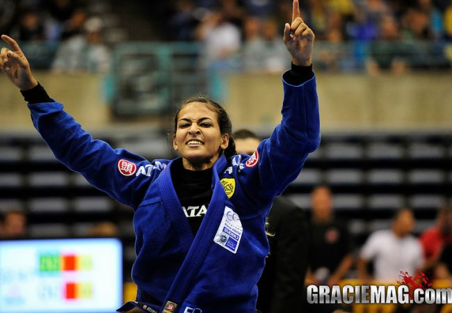Jiu-Jitsu: See how Bia Mesquita submitted Mackenzie Dern at the Rio Fall Open 2017