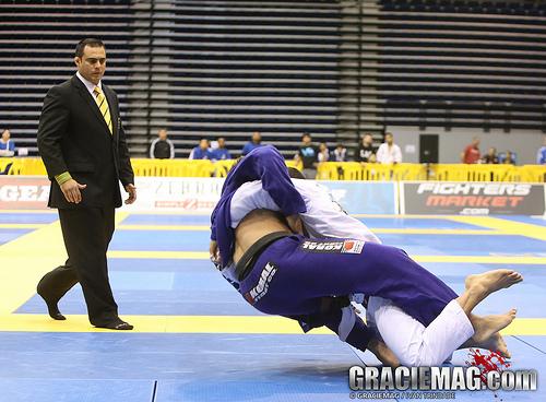 André Galvão analyzes Buchecha: 'He is fast, he looks like a big featherweight!'
