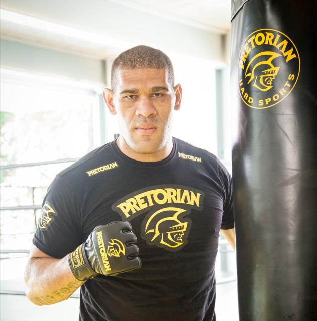 Antonio Pezão, 33 anos: o peso pesado vai tentar fazer diferente contra Cain Velasquez, de quem perdeu no primeiro round, no UFC 146, em 2012. Foto: Divulgação