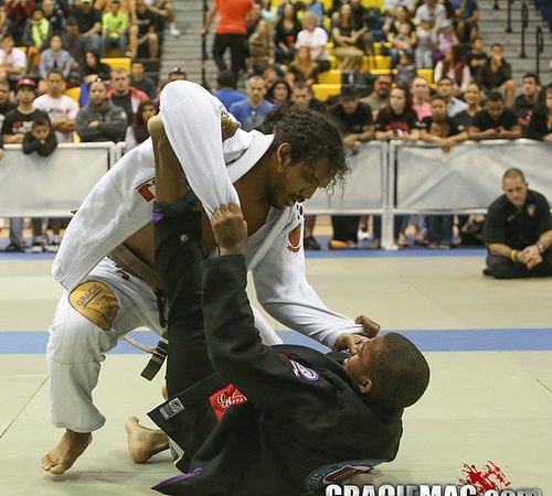 Watch UFC lightweight champ Benson Henderson compete at the 8th Arizona Open