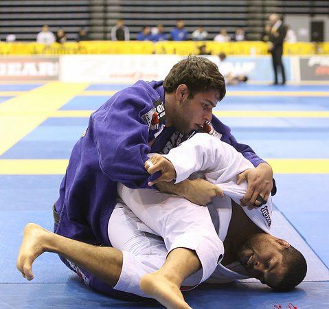 Como você reage ao sofrer o primeiro ponto numa luta de Jiu-Jitsu?