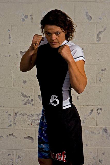 Fiona Muxlow, próxima oponente de Cris Cyborg. Foto: Divulgação
