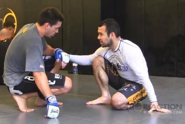 Jiu-Jitsu: estude os truques da guarda aberta no treino de Marcelo Garcia