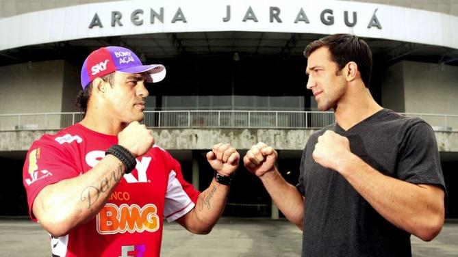 Belfort encara Rockhold enfrente à Arena Jaraguá, em SC. Foto UFC/Divulgação