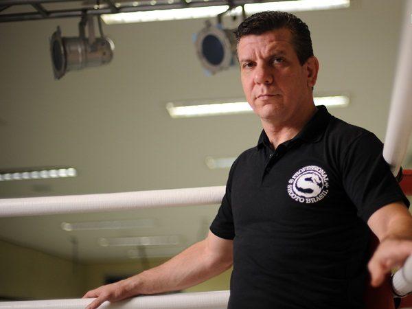"""Pederneiras fala de Barão e polemiza: """"Dominick não é mais campeão de nada"""""""