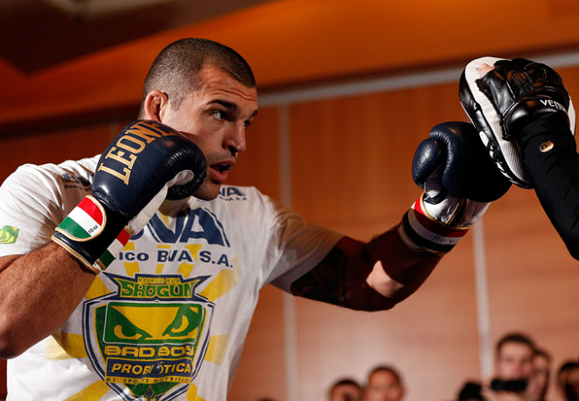 Vídeo: o treino de Maurício Shogun para enfrentar Chael Sonnen no UFC