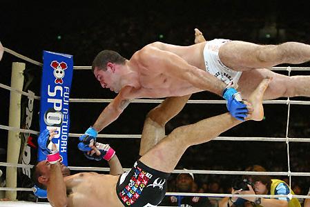 Maurício Shogun e Rogério Minotouro voltam a se enfrentar, desta vez pelo UFC