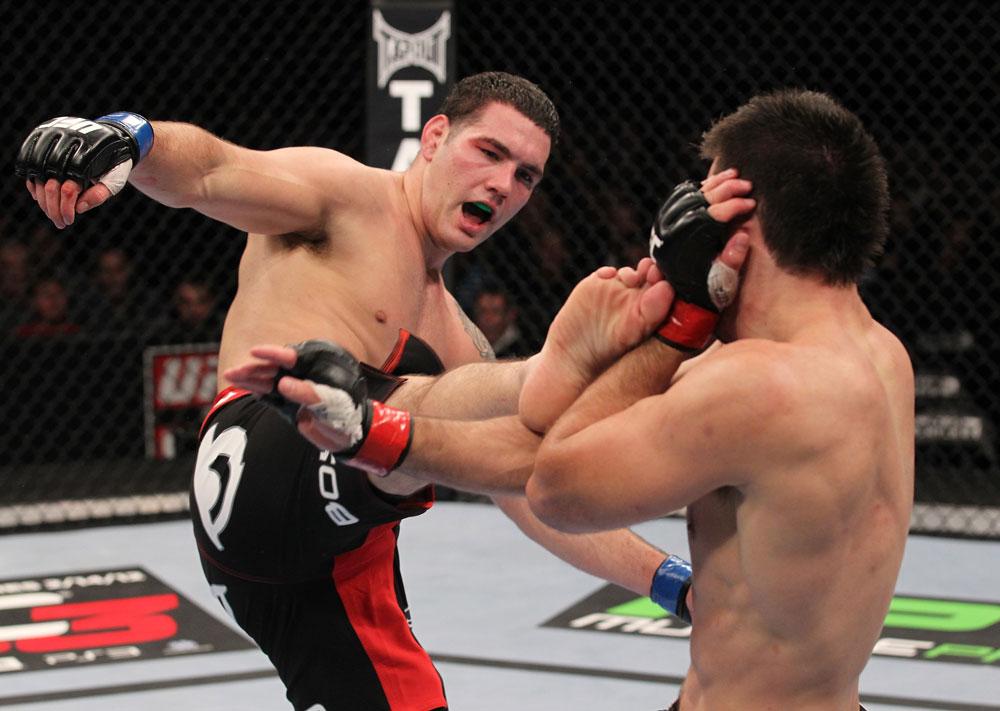 Após muito pedir, Weidman terá a chance de lutar pelo cinturão. Foto: Nick Laham/Zuffa LCC via Getty Images