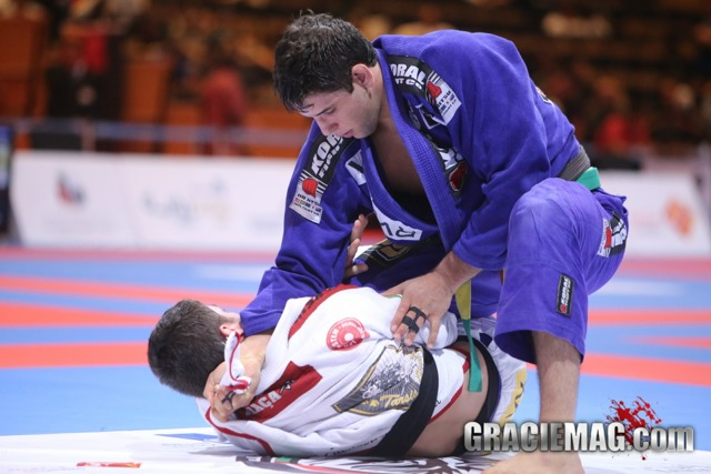 Buchecha beats Tarsis and will face Rodolfo in the finals