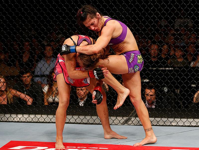 Após vitória por nocaute, Cat Zingano seria treinadora do TUF 18, mas uma lesão a tirou da vaga. Foto: UFC/Divulgação