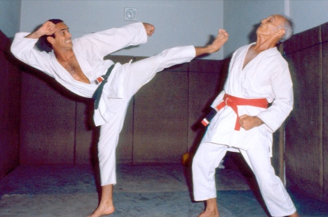 Valentes celebram 60 anos de Jiu-Jitsu na academia Gracie