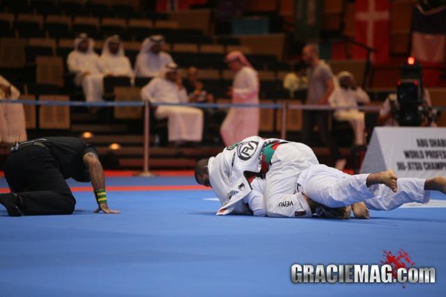 Veja a final de Rodolfo Vieira contra Pedro Peres no WPJJC 2013