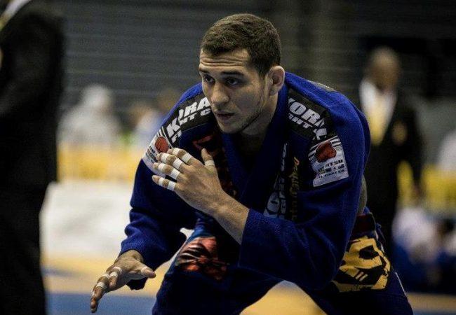 Renato Cardoso detalha ataque no pé antes de lutar em Abu Dhabi