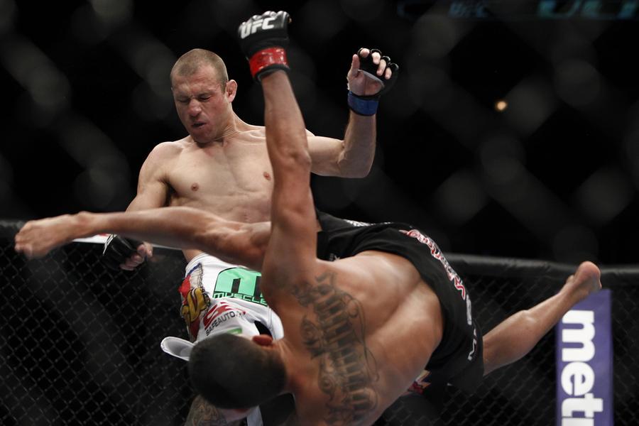 Anthony Pettis acerta chute diferente em Cerrone. Foto: UFC/Divulgação