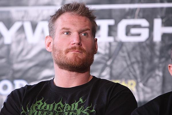 Josh Barnett faz reestreia no UFC contra Frank Mir em agosto