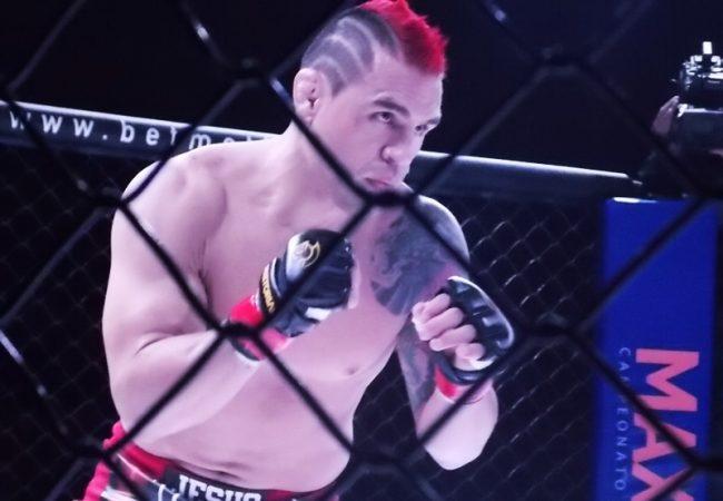 Após derrota para Macaco no MaxSport 13.2, Efrain Escudero pede revanche