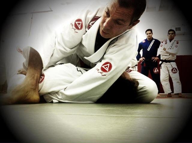 Carlos Gracie Jr. teaching. Photo: Gracie Barra