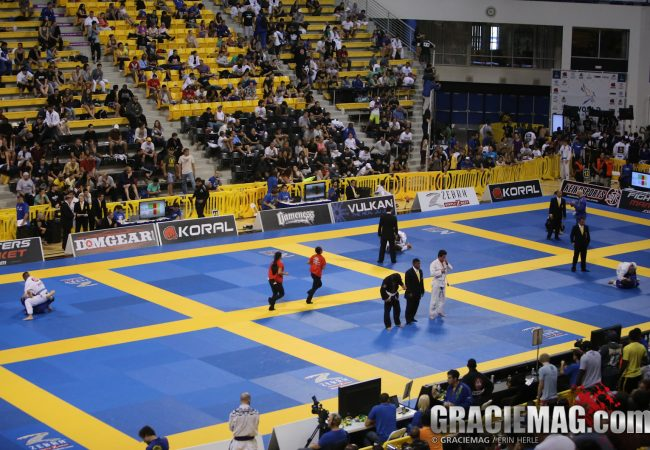 2013 Worlds: Victors claimed in blue/white belt categories; Hiago grand slam champion