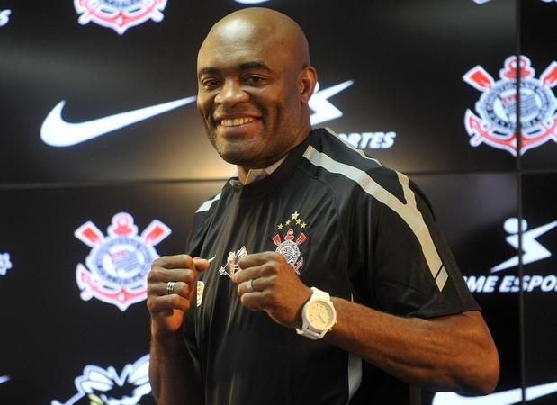 Anderson Silva e Corinthians não renovam parceria