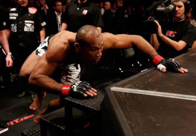 Ronaldo Jacaré encara Francis Carmont no UFC em Jaraguá do Sul