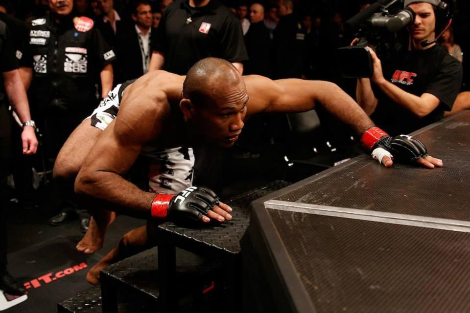 Ronaldo Jacaré em estreia no UFC em Jaraguá do Sul. Foto: Carol Correia
