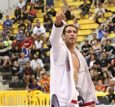 O estrangulamento do tetracampeão Bráulio Estima no Mundial de Jiu-Jitsu