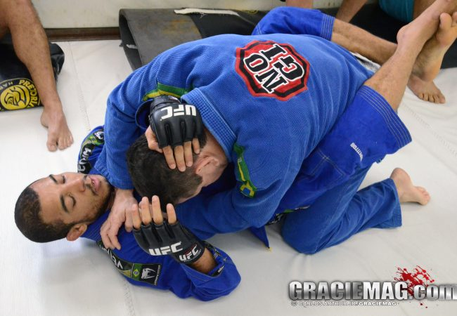 O golpe de Jiu-Jitsu favorito do campeão do UFC José Aldo?