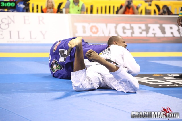 Ultraheavy: Buchecha closes out with his professor Cavaca