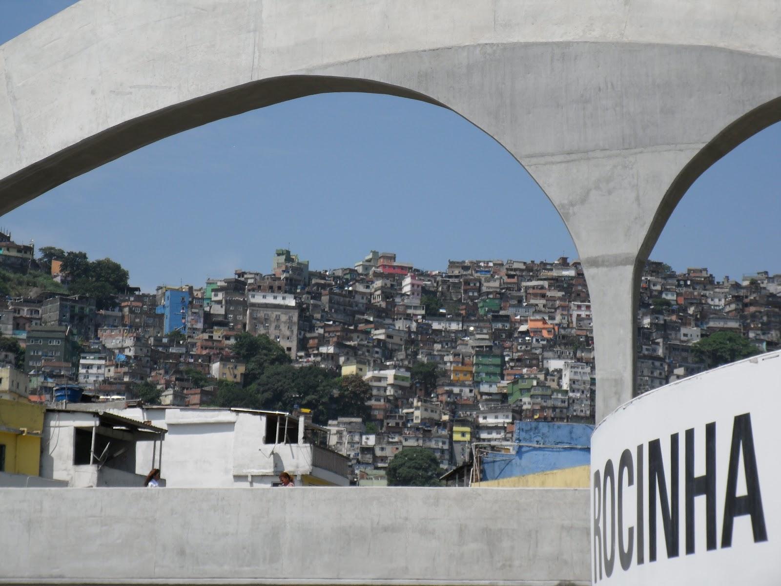 A passarela da Rocinha, no Rio de Janeiro. Foto: Divulgação.
