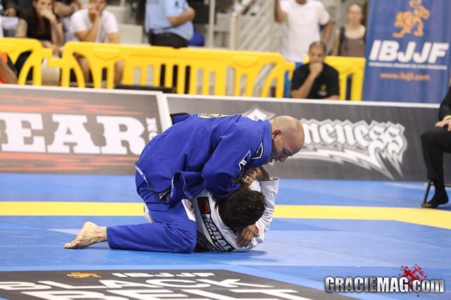 Xande Ribeiro em ação no Jiu-Jitsu. Foto: GRACIEMAG