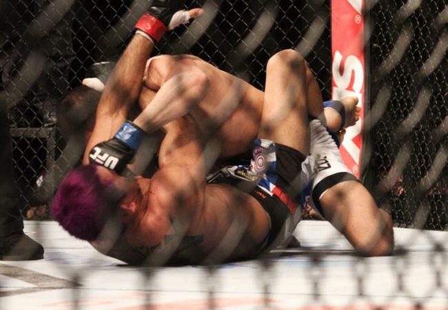 Sertanejo ganha faixa-marrom de Jiu-Jitsu e comenta lições para o UFC