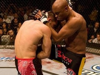 VIDEO: Watch Anderson Silva beat Rich Franklin for title at UFC 64