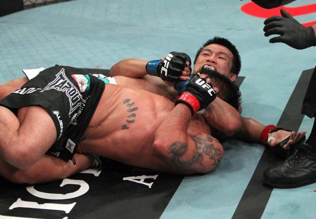 Vídeo: confira uma sensacional finalização do rival de José Aldo no UFC 163
