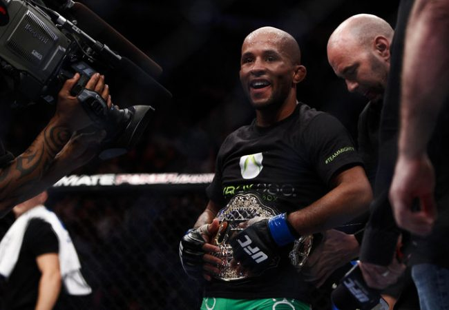 Demetrious Johnson retains UFC flyweight title with submission-win over John Moraga