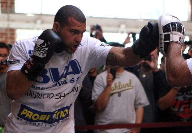 Video: Let's watch Shogun Rua train for Chael Sonnen, shall we?