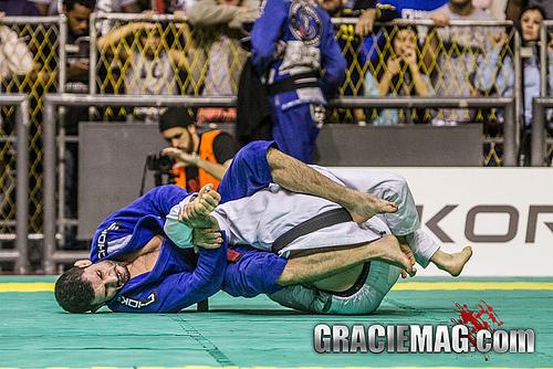 Caloquinha em ação no Jiu-Jitsu. Foto: Gustavo Aragão/ GRACIEMAG