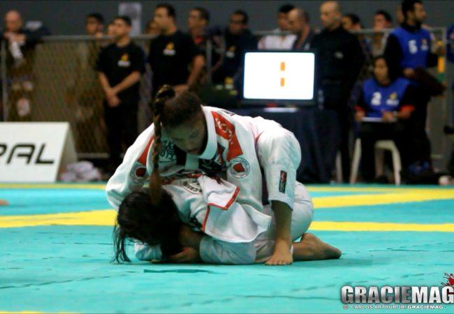 Vídeo: a vitória de Monique Elias na final do absoluto faixa-roxa do Rio Open de Jiu-Jitsu