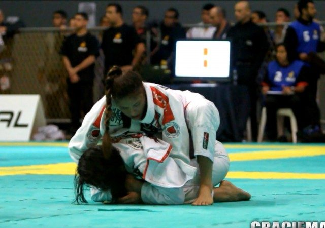 Video: Monique Elias's victory in the final of the purple belt absolute at Rio Open