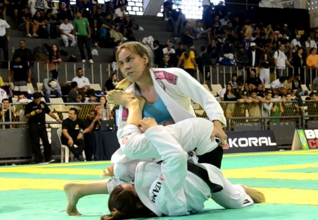 Rio Open de Jiu-Jitsu: assista à vitória de Luiza Monteiro no peso leve