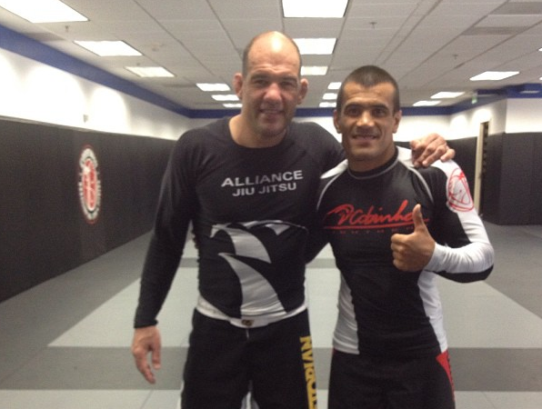 Video: A quick minute with Fabio Gurgel at Cobrinha BJJ for ADCC training