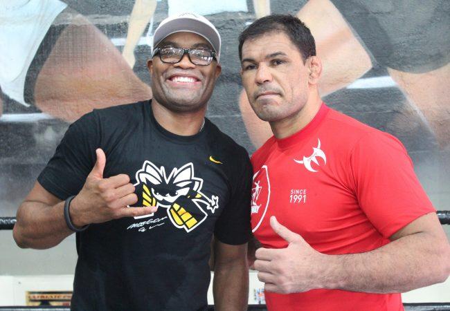 """Minotauro analisa luta e defende Anderson Silva: """"Foi difícil segurar a pressão"""""""