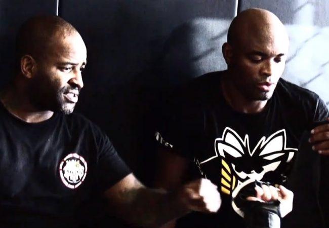 Vídeo: Rafael Cordeiro comenta trajetória do campeão Anderson Silva