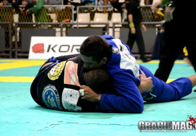 Vídeo: veja como foi a final do absoluto faixa-azul do Rio Open de Jiu-Jitsu