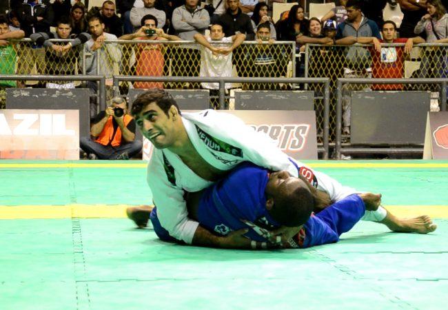 Vídeo: Leandro Lo x Alan Finfou na final do médio do Rio Open de Jiu-Jitsu