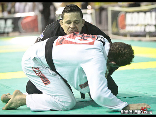Saulo Ribeiro´s beautiful checkmate at the World Jiu-Jitsu Master 2014