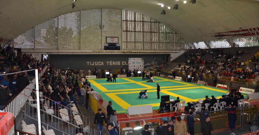 Tijuca Tênis Clube em dia campeonato de Jiu-Jitsu. Foto: Carlos Arthur Jr. / GRACIEMAG